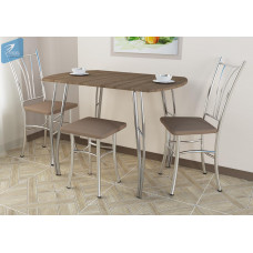 Обеденный стол №2, Стиль